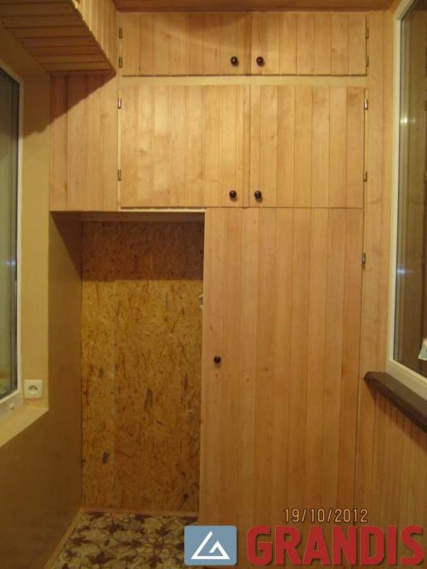 Изготовление и установка шкафов и тумб на балкон.